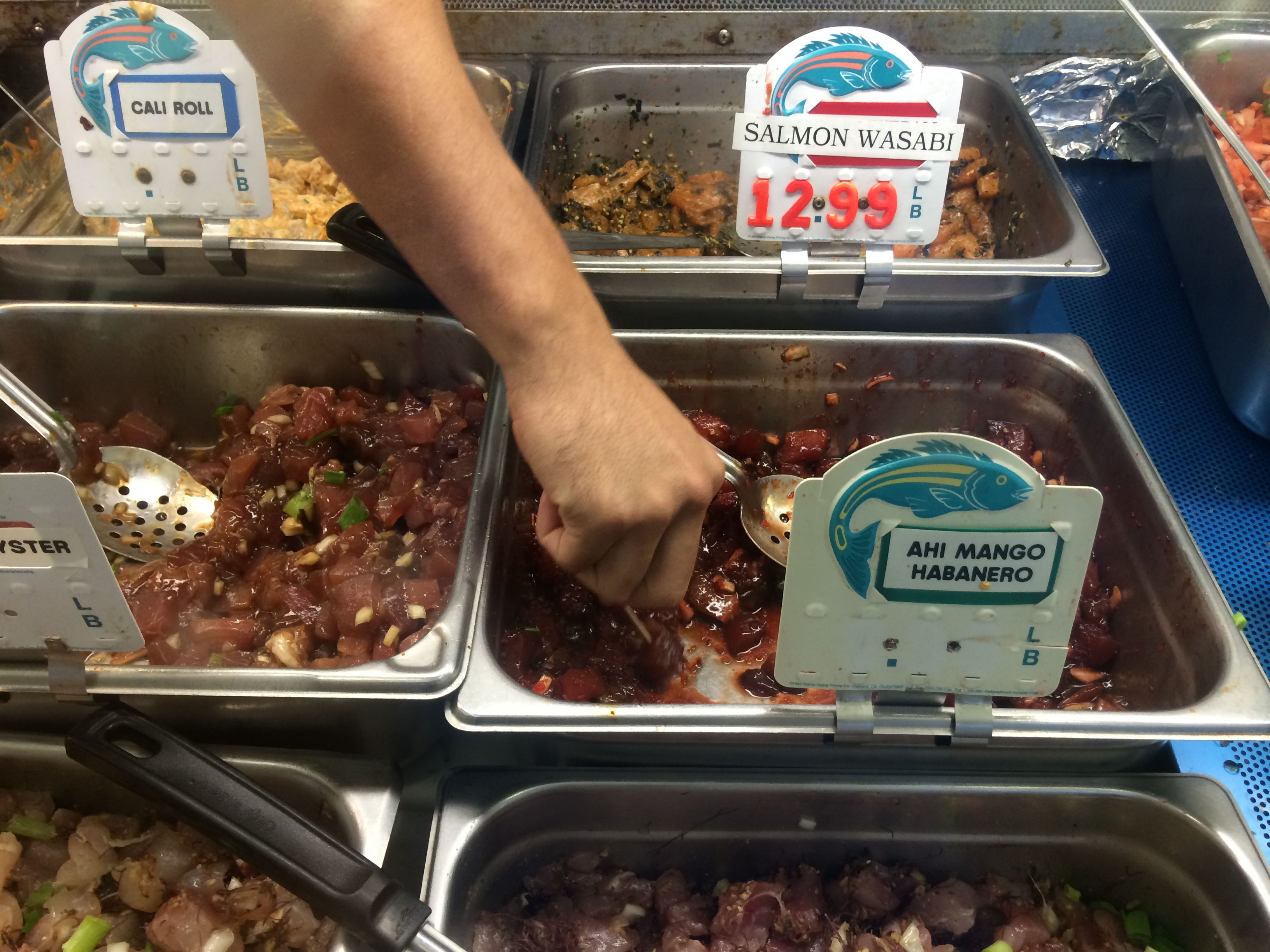Six places for perfect poke on the big island of hawaii for Kona fish market
