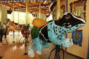 carousel-frog2